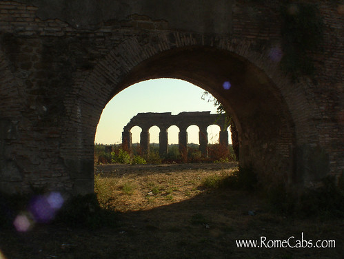 Aqueduct Park in Rome on Seven Wonders of Ancient Rome with RomeCabs
