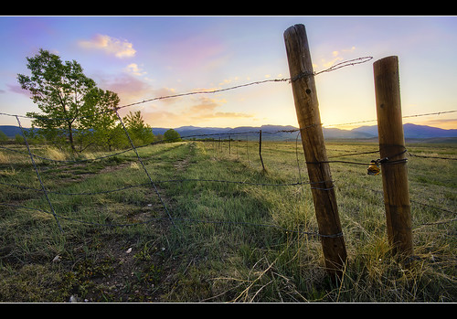 sunset foothills mountains west fence landscape spring interesting colorado sony wideangle western barbedwire rockymountains openspace alpha frontrange ultrawide prarie arvada pinkclouds jeffco fencepost 10mm a55 sigma1020 tylerporter