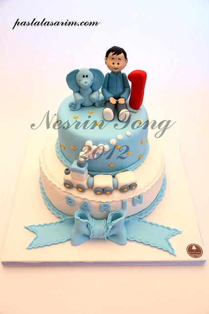 1ST BIRTHDAY CAKE - BARIN
