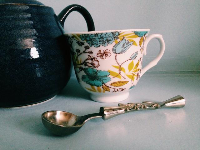 teacupwithspoon