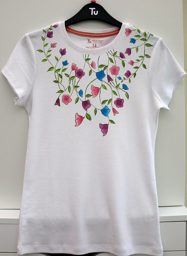 Decorated Tee shirt
