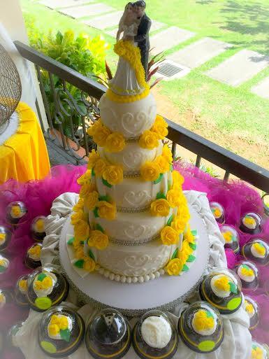 Yellow Motif Wedding Cake by Sweetbuddies by Gerlyn & Noemi