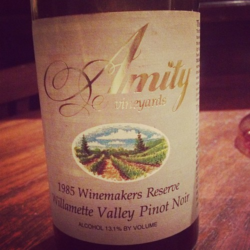 amity vineyards oregon pinot noir