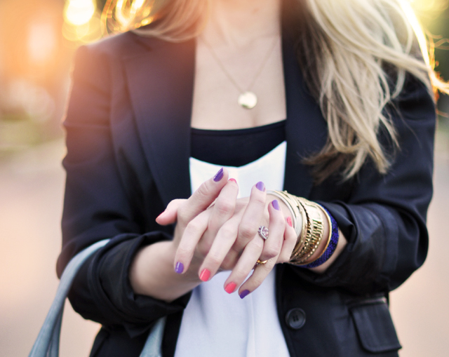 nails-jewelry-outfit details