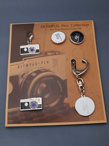 OLYMPUS Pins Collection - Classic PEN F