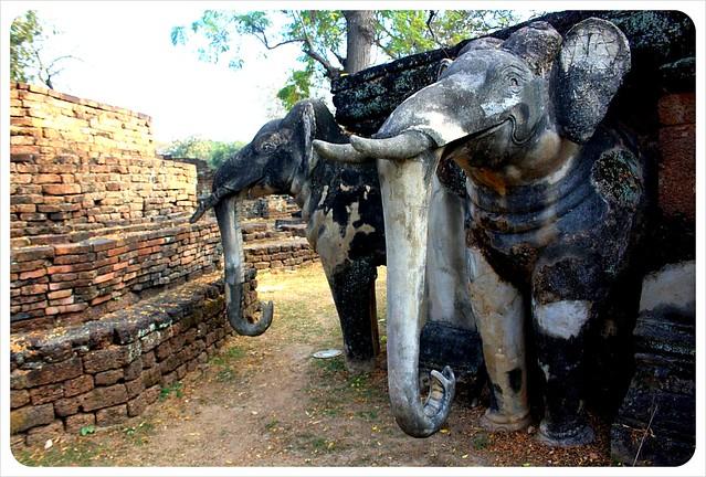 kamphaeng phet elephant temple