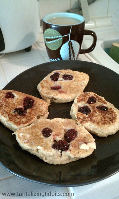 blackberry johnny pancakes