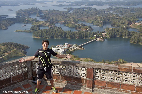 Andres on the roof of the viewing point of El Peñol, Guatapé, Colombia