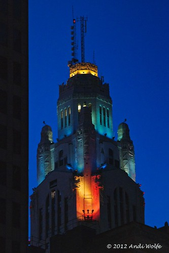 LeVeque Tower by andiwolfe