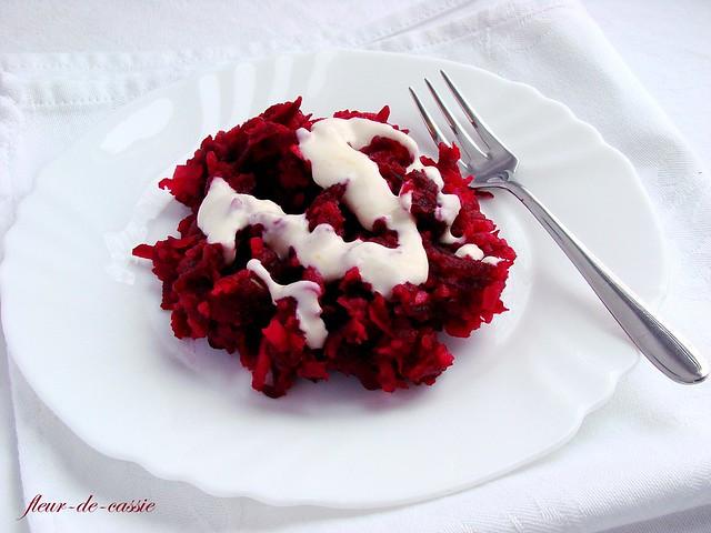 салат из свеклы с яблоком по-фински 4