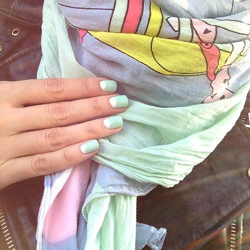 Picture polish Tiffany + Bright white