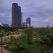 여의도 샛강 생태공원. 트럼프 아파트