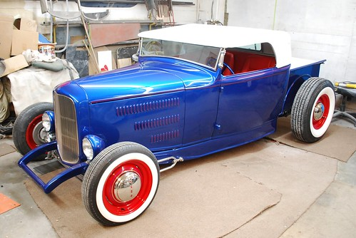 John's Roadster Pick-up by Well Oiled Machines