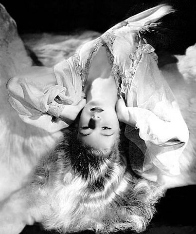 A GI's Dream Come True...Veronica Lake, one of the popular WWII Pin-Ups