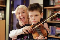 fiddler, interrupted    MG 9727