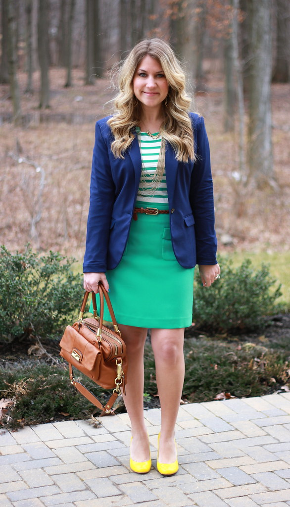 navy, green, and yellow outfit