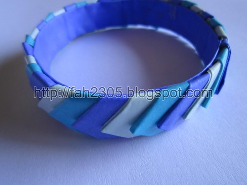Handmade Paper Bangle (Blue Shade 2) by fah2305