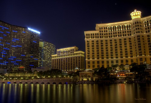 las vegas reflection water fountain night buildings cityscape terry bellagio aldhizer terryaldhizercom