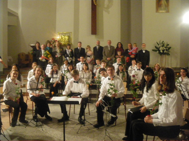 Cascade Youth Symphony members after their concert in the Church of the Holy Cross in Zakopane