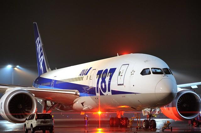 ANA B787-8 Dreamliner JA805A