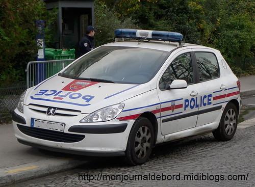 véhicule police 02