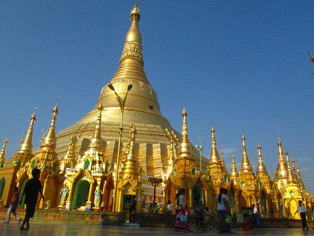 Backpacking in Burma