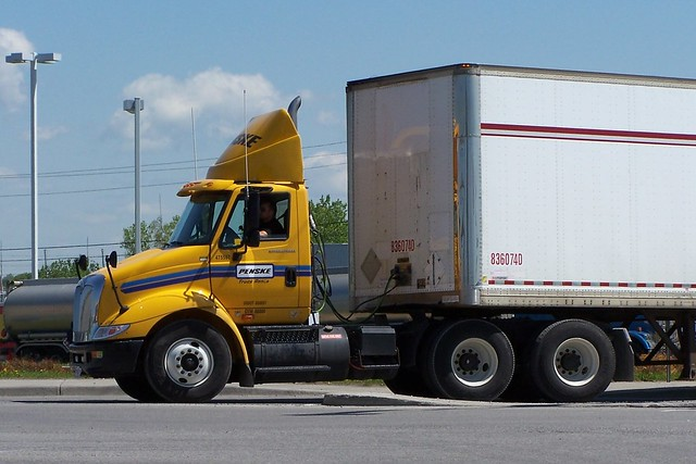 Used Truck Centers. We have thousands of Penske used trucks, tractors and trailers that are ready to fit your fleet needs. View our locations. Exclusive Penske Offers. Check out our special Penske Used Truck financing and warranty offers.