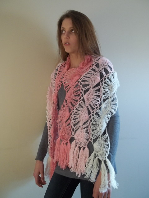 Hairpin lace scarf