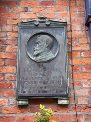 Photo of Francis Thompson bronze plaque