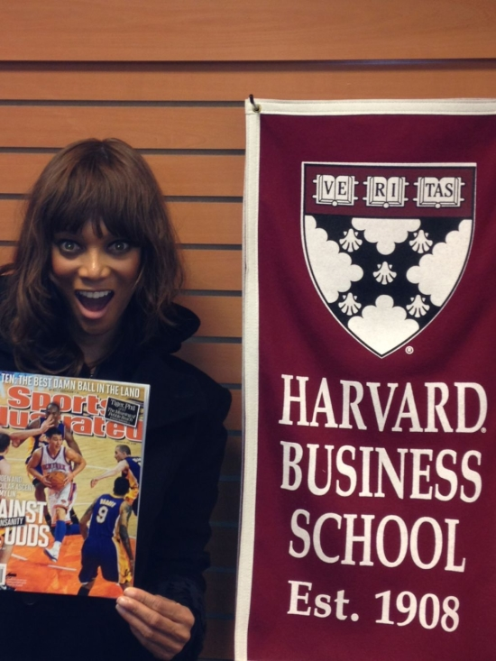 Tyra Banks Harvard Graduate (1)