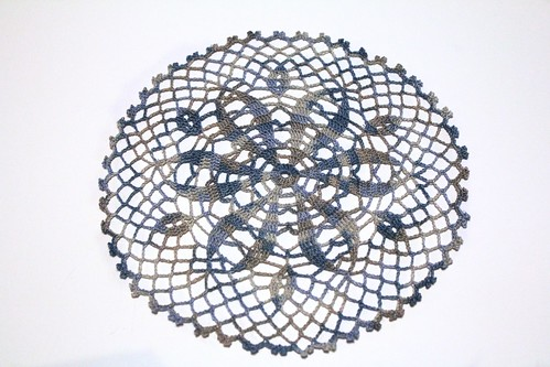 Round Doily in Valdani Heavenly Hue