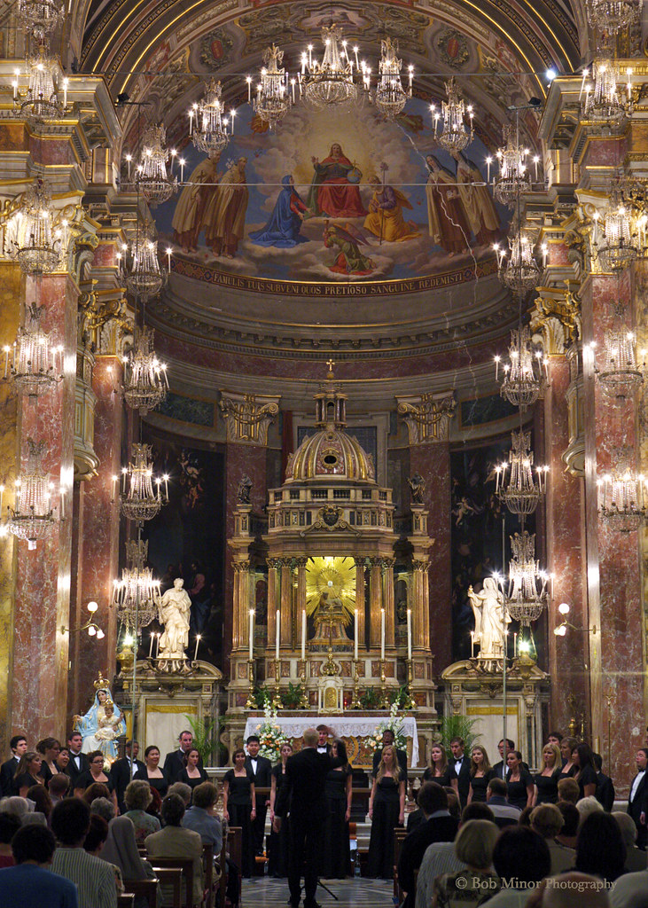Fullerton University Singers performs in the Chiesa Santa Maria Trastevere in Rome