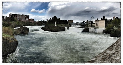 Spokane river pan flood stage
