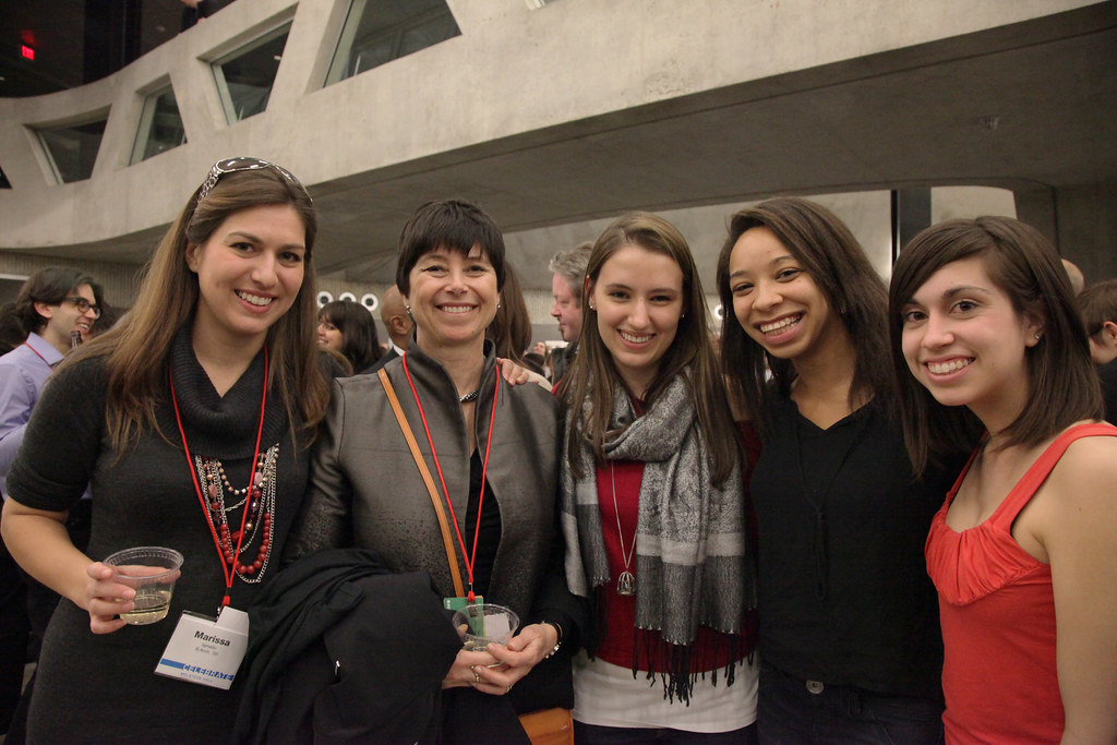 AAP Advisory Council member and alumna Jill Lerner with alumni and students at the Friday evening reception in the Milstein Hall dome.