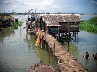 Stilt houses, coping with climate change