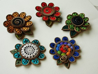 Zipper and felt flower brooches