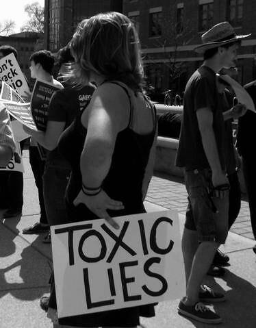 Protest against Keystone XL pipeline during Obama's visit to Columbus Ohio on March 22, 2012