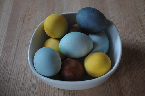natural dye for eggs