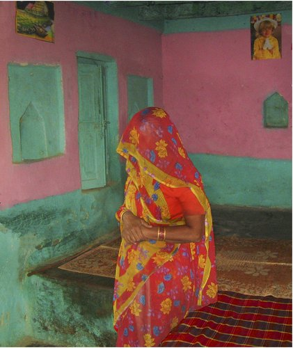 Jeffrey Becom, Two Prayers, Tegpura, Madhya, Pradesh, India, 2008