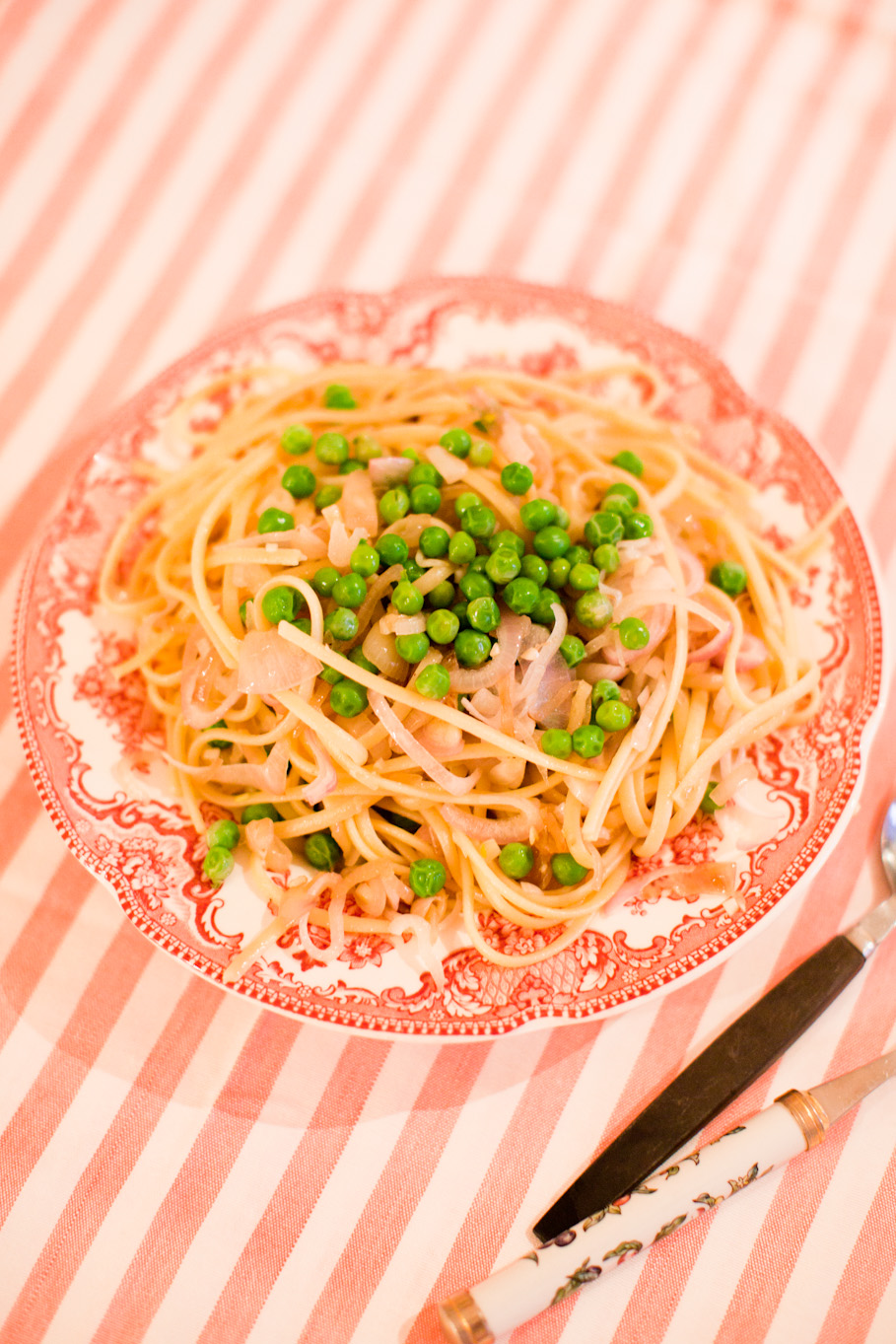 onion & pea pasta.