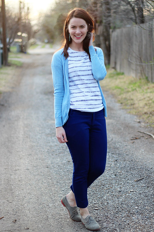blue-pants-blue-sweater-patterned-shirt4