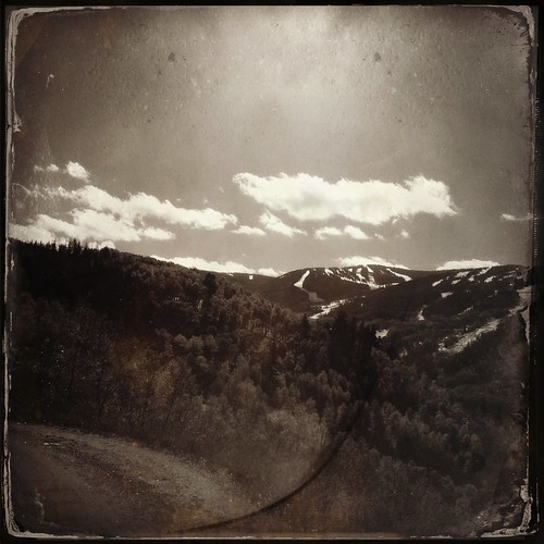 cameraphone mountains foxy colorado vail co rockymountains pammorris pamspics hipsta appleiphone mobilephonephotography hipstamatic iphone4s dtypeplate