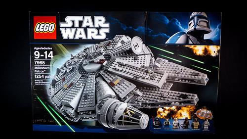LEGO_Star_Wars_7965_02