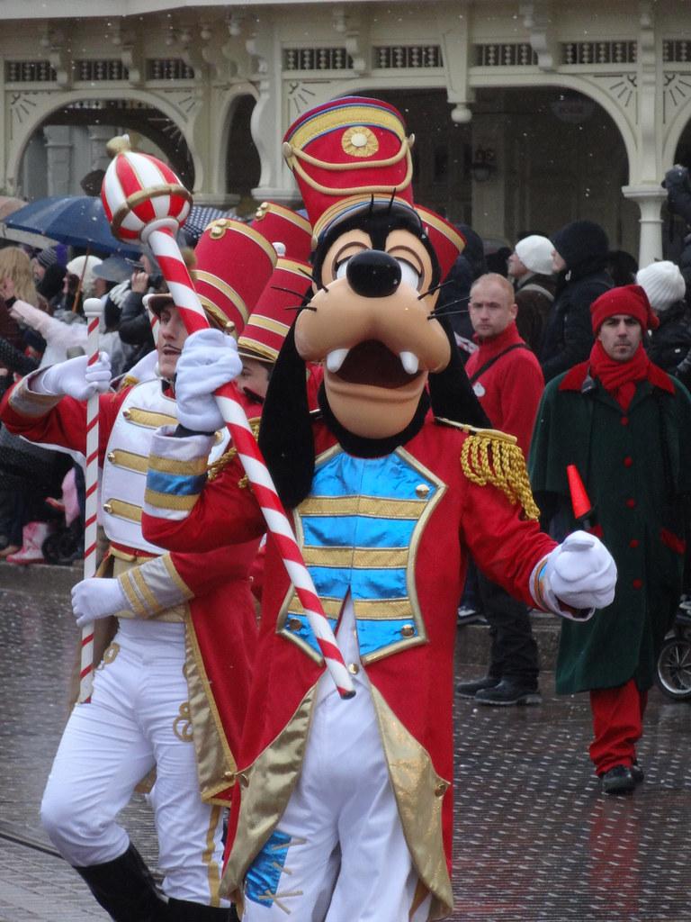 Un séjour pour la Noël à Disneyland et au Royaume d'Arendelle.... - Page 6 13900086294_5f02289f33_b