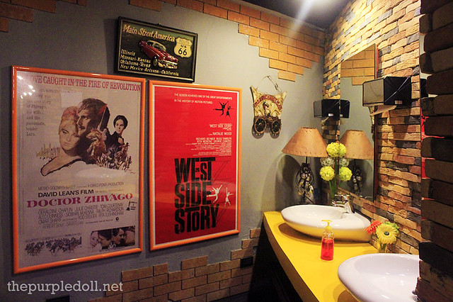 Washroom at Movie Stars Cafe