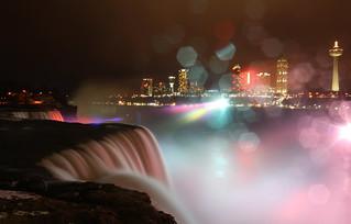 Niagara rain falls