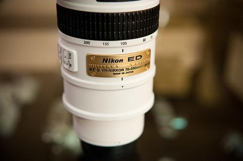 White Nikkor 70-200-4
