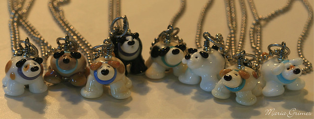 Who let the dogs out! Lampwork Puppies