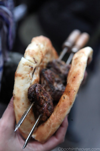 Grilled Lamb Kidney with Nang (flatbread)