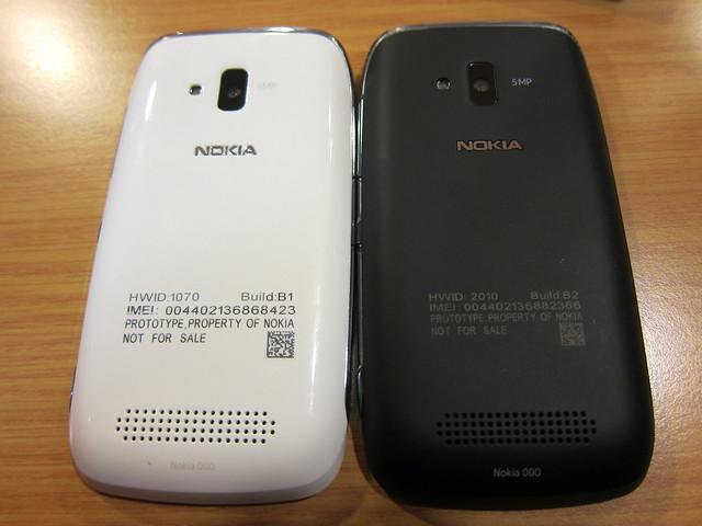 Nokia Lumia 610 (White & Black) - Back View